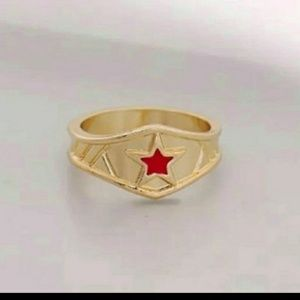 DC COMICS WOMEN'S SIZE 7 WONDER WOMAN TIARA RING